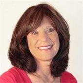 Nancy Comoundouros, Jurist