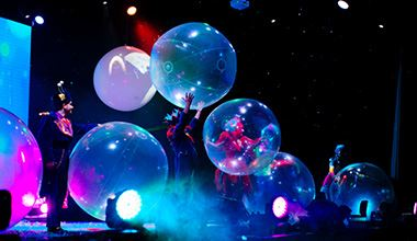 The Underwater Bubble Show on stage